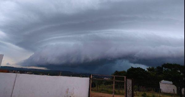 Sistema de baixa pressão sobre o Sul do Brasil e Uruguai deixa o tempo instável