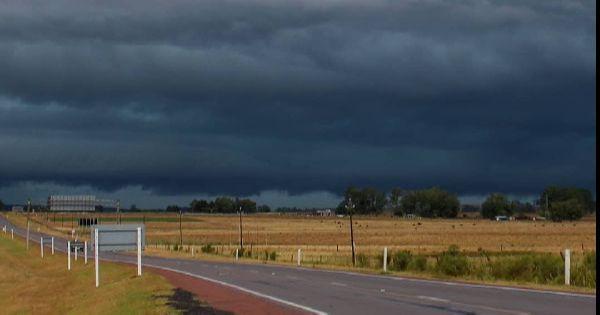 PREVISÃO | Vem aí um novo episódio de chuvas volumosas e temporais