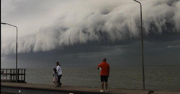 Veja registros impressionantes dos temporais de hoje no Uruguai