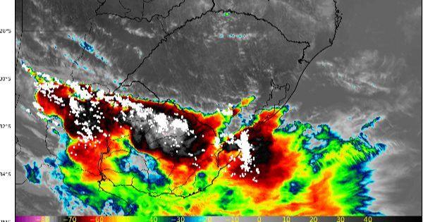ALERTA | Calorão de 40°C no RS e temporais se formando rapidamente no Uruguai